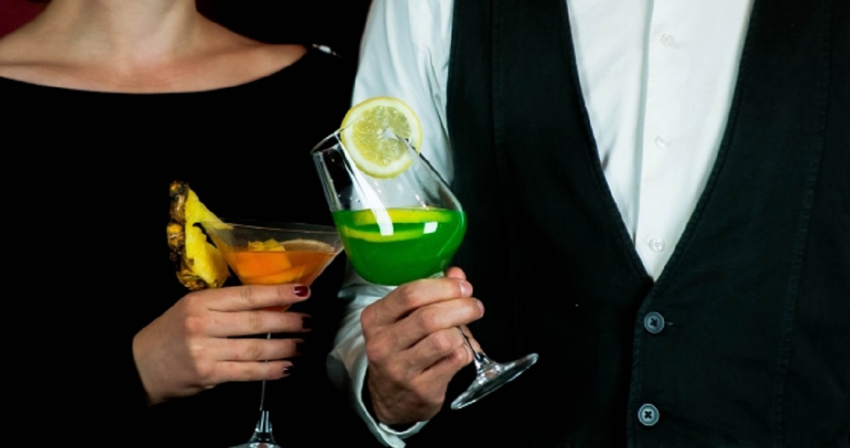 【大人の男のデート作法】初デートの支払いは男性がするべき ...